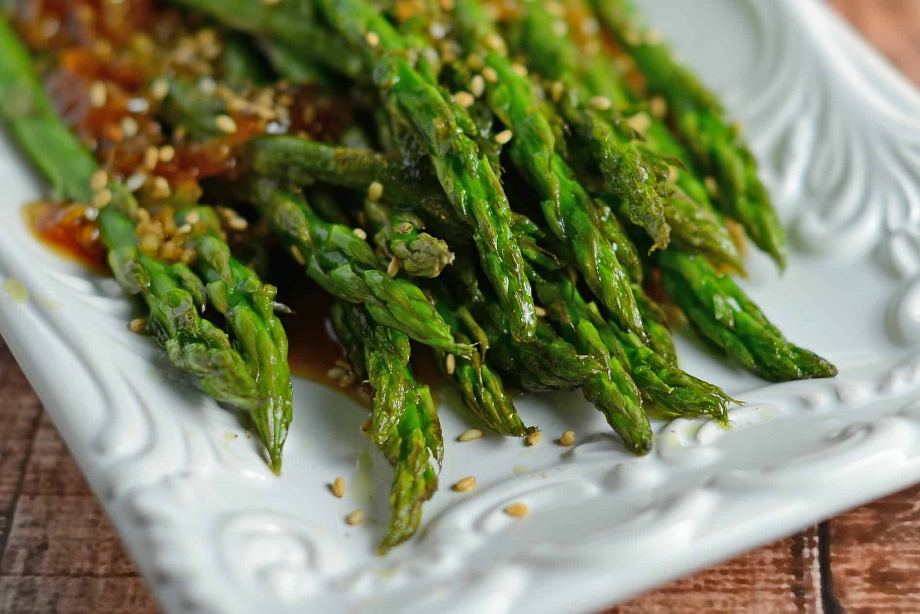 Roasted asparagus with apricot sauce roasted asparagus with apricot sauce is an easy recipe for asparagus in the oven the ccuart Gallery