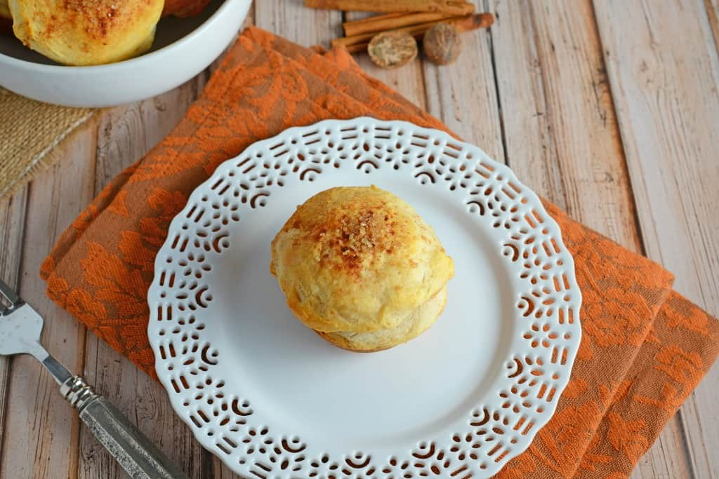 Easy Apple Popovers can be made for breakfast or dessert, pair with vanilla ice cream or syrup for a delicious meal!