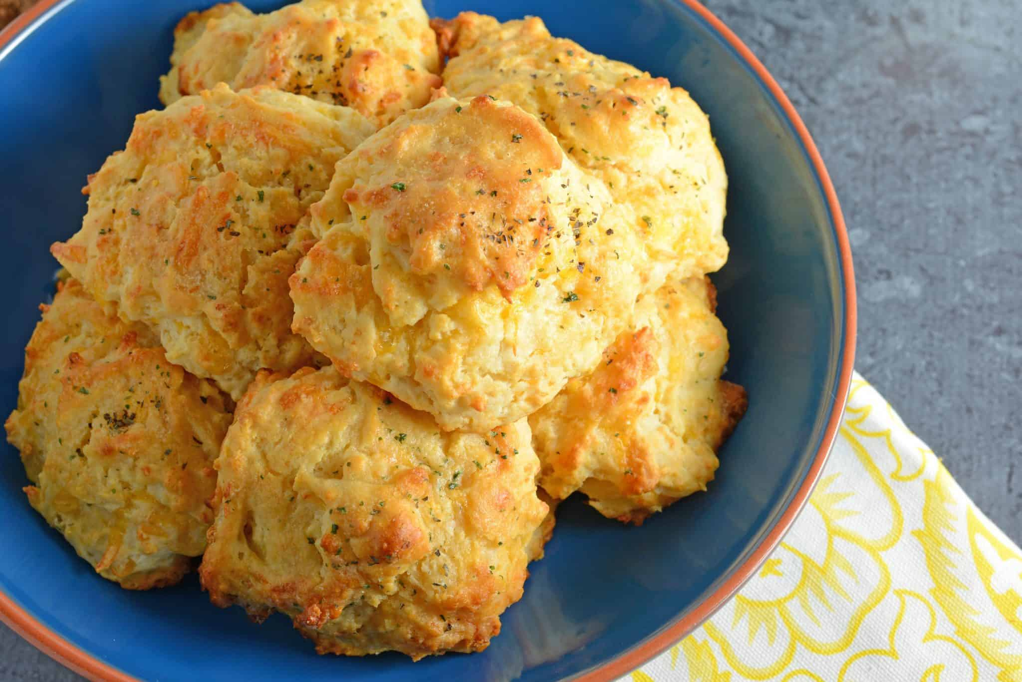 These copycat Red Lobster Cheddar Bay Biscuits are so easy to make you will make them for dinner every night! And they only take 20 minutes!