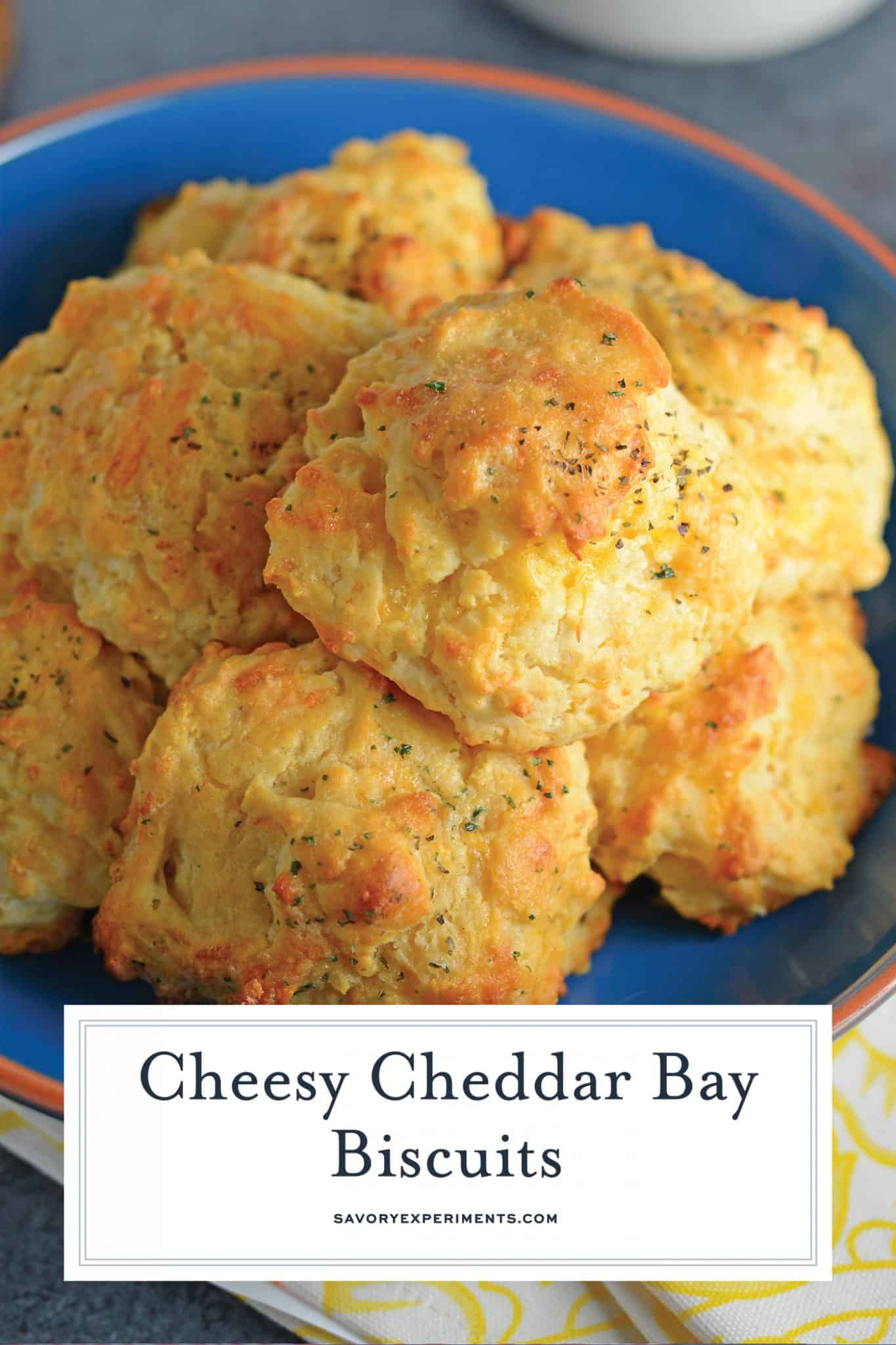 These copycat Red Lobster Cheddar Bay Biscuits are so easy to make you will make them for dinner every night! And they only take 20 minutes! #redlobsterbiscuits #cheddarbay #garliccheddarbiscuits www.savoryexperiments.com