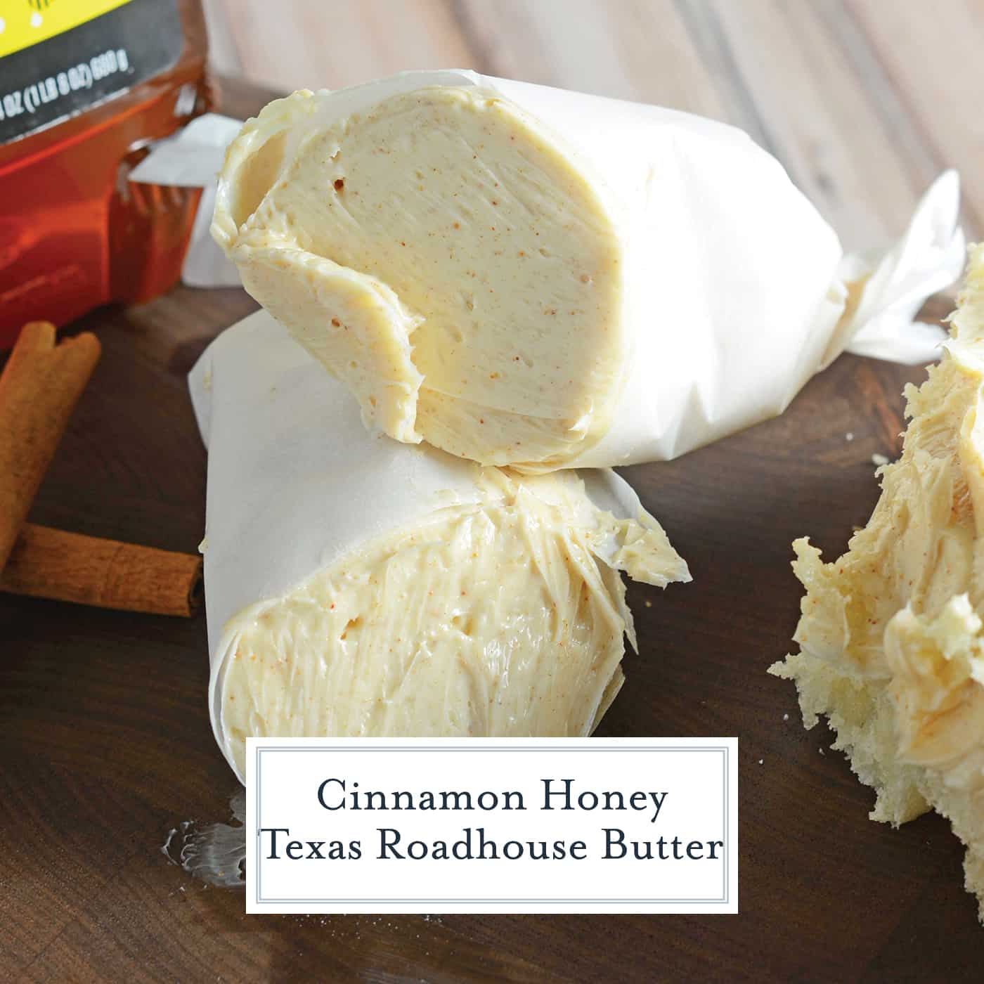 Cinnamon Honey Texas Roadhouse Butter will take your bread to the next level! Cinnamon butter is super easy to make with 2 ingredients and only takes 5 min! #texasroadhousebutterrecipe #texasroadhousecinnamonbutter #honeybutter www.savoryexperiments.com
