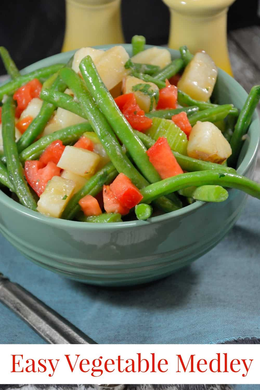 Mixed vegetables green beans tomatoes potatoes and more easy vegetable medley recipe this my go to side dish recipe super easy forumfinder Images