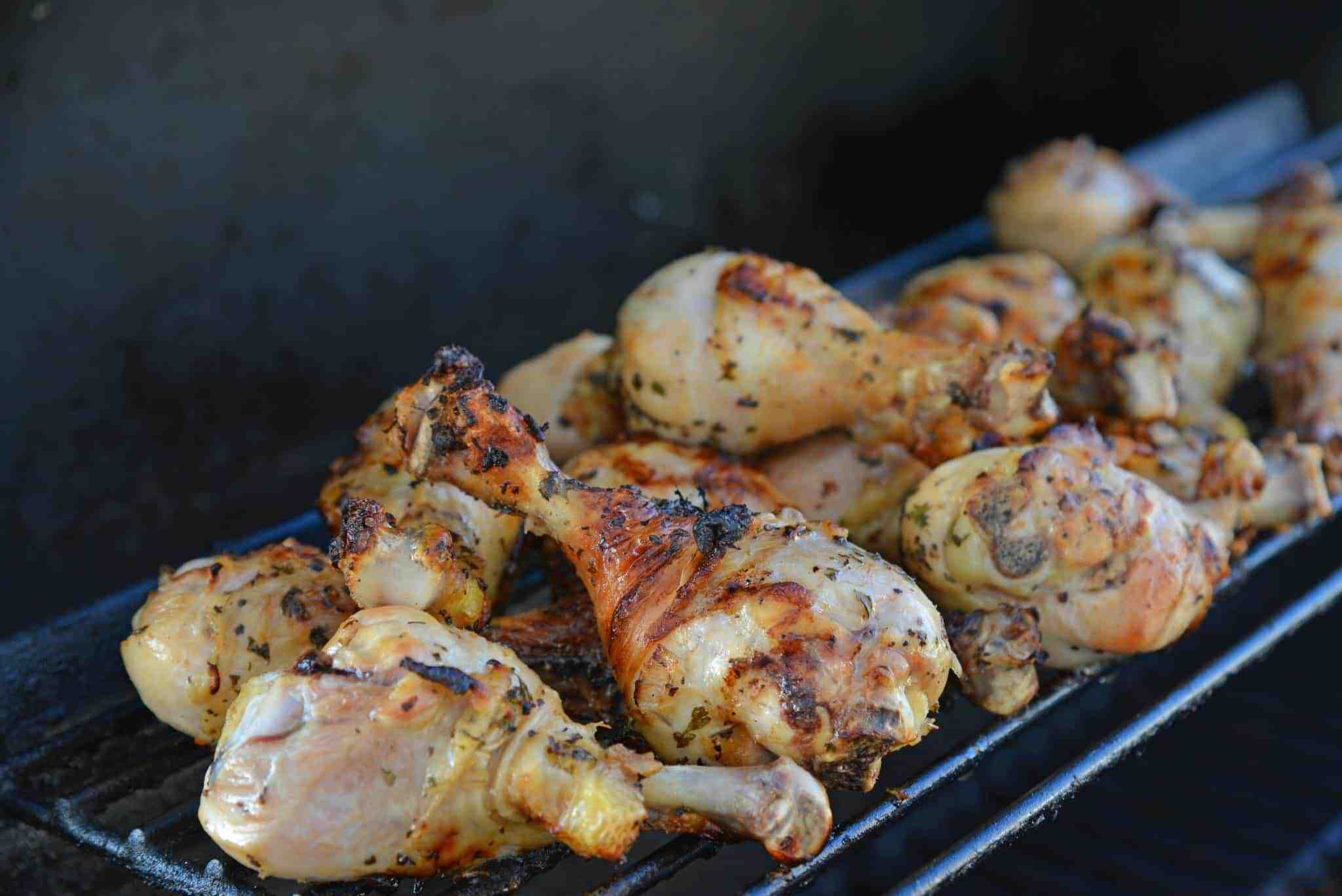 GGrilled Lemon Chicken- A simple marinade for foolproof chicken on the grill every time! | #grilledchicken | www.savoryexperiments.com