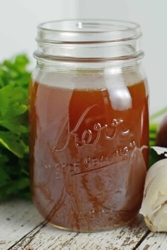 Homemade Beef Stock Recipe - A delicious and nutritious real food kitchen staple. www.savoryexperiments.com