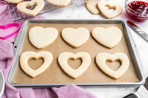 cooked jammie dodger cookies