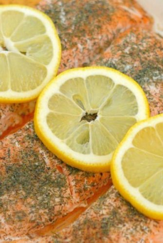 This Lemon Dill Salmon is easy, healthy, and delicious. Baked salmon full of fresh, citrusy flavor is ready in just 15 minutes! #bakedsalmonrecipe #salmoninternaltemperature #howlongtobakesalmon www.savoryexperiments.com