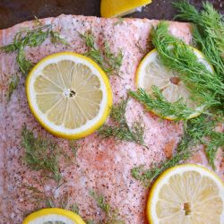 Salmon Fillet with fresh lemon and dill