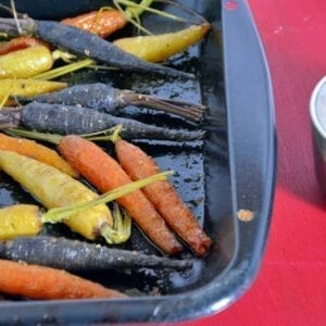 Tri-Colored Carrots with Herbed Yogurt- Bright and colorful veggies with a healthy dipping sauce. #carrots #greekyogurt