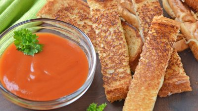 Grilled Cheese Sticks make your childhood favorite into a party-worthy appetizer! Pair with tomato soup or tomato jam for an upscale grilled cheese sandwich recipe. #grilledcheeserecipe www.savoryexperiments.com