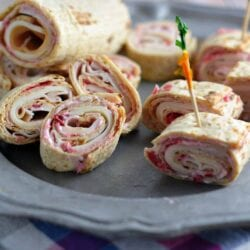 Turkey, Swiss and Cranberry Mayo Roll-Ups- the perfect way to use your Thanksgiving leftovers for a fresh, new meal! #cra