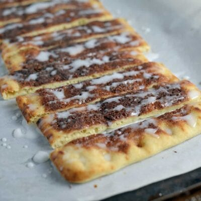 Quick, easy and delicious! Super Easy Cinna-Sticks are the perfect dessert for kids.