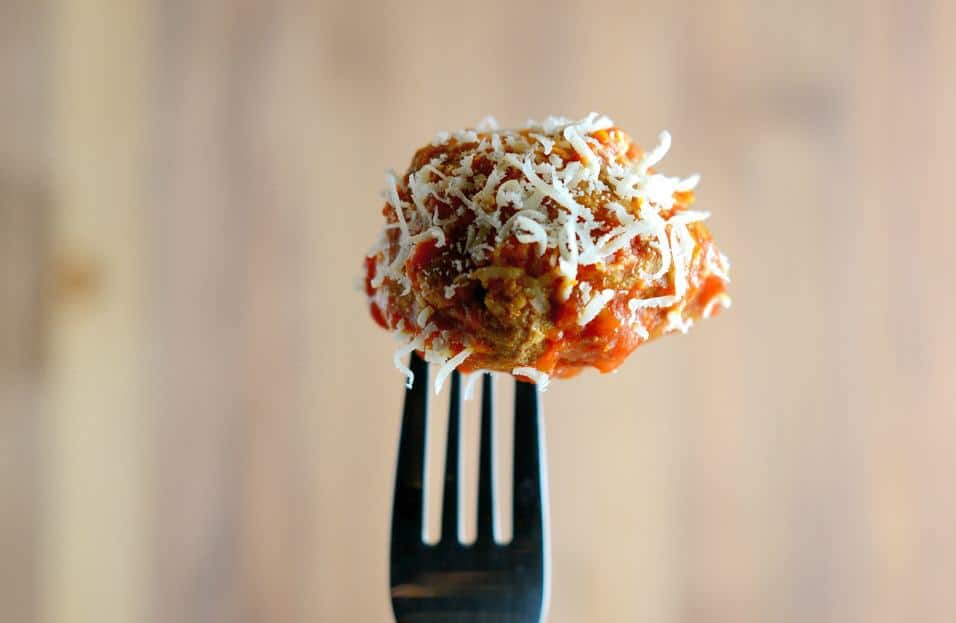 Best Italian Meatballs uses a blend of meat, spices and one special ingredient to make the tastiest, fork-tender meatballs you've ever seen! #italianmeatballs #meatballrecipe www.savoryexperiments.com