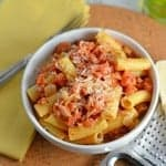 Creamy Vodka Sauce Recipe- Easy vodka sauce recipe ready in just 25 minutes! Use it to make penne alla vodka or serve it over spaghetti or any other type of pasta. It can even be used over calzones or for dipping bread sticks. www.savoryexperiments.com