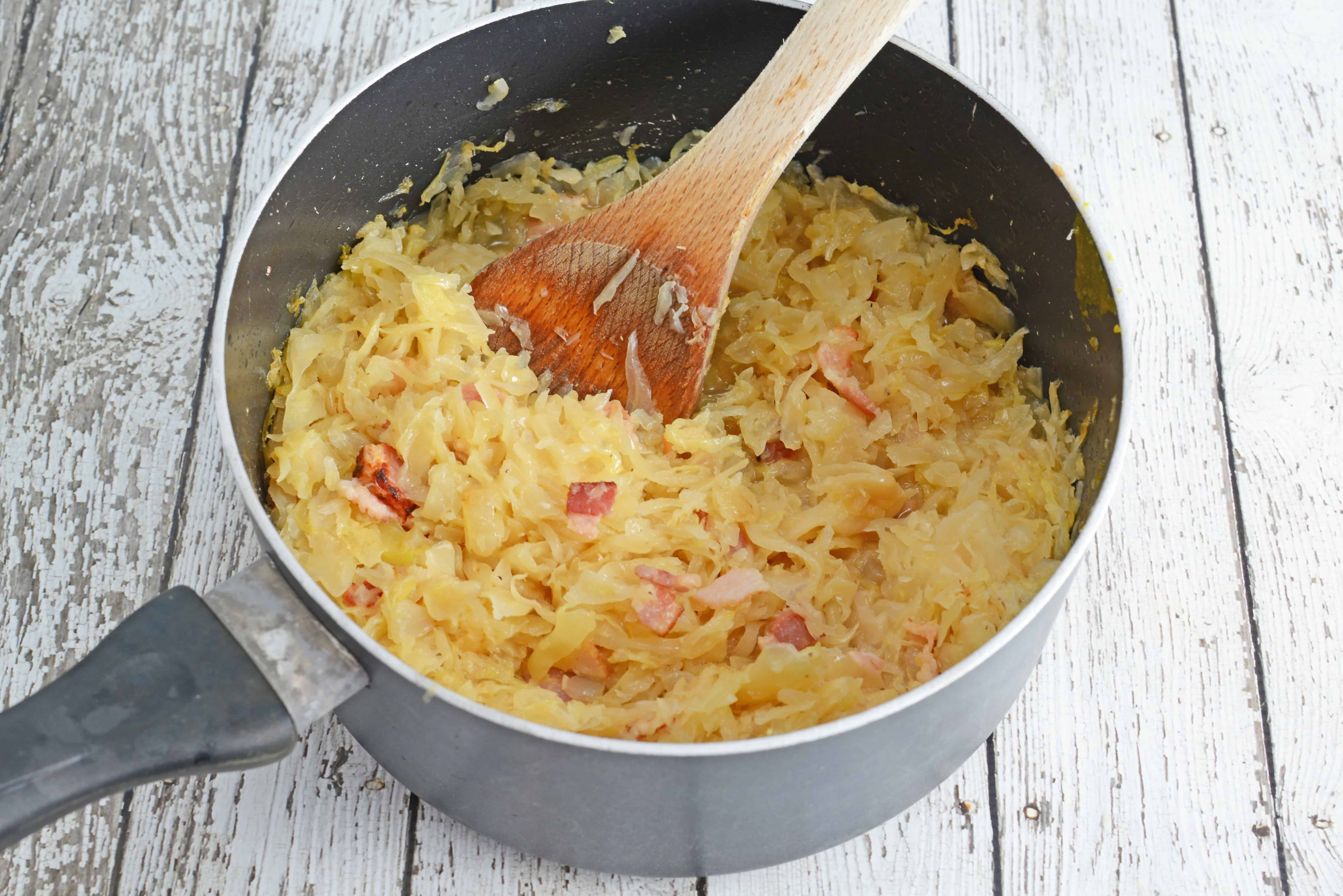 Beer and Bacon Sauerkraut Recipe- drained sauerkraut reconstituted with the flavors of beer and bacon. Top on hamburgers or hot dogs. www.savoryexperiments.com