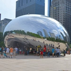 Taking a weekend trip to Chicago? Here is your guide to 48 hours in Chicago and how to hit all the good spots! #chicago www.savoryexperiments.com