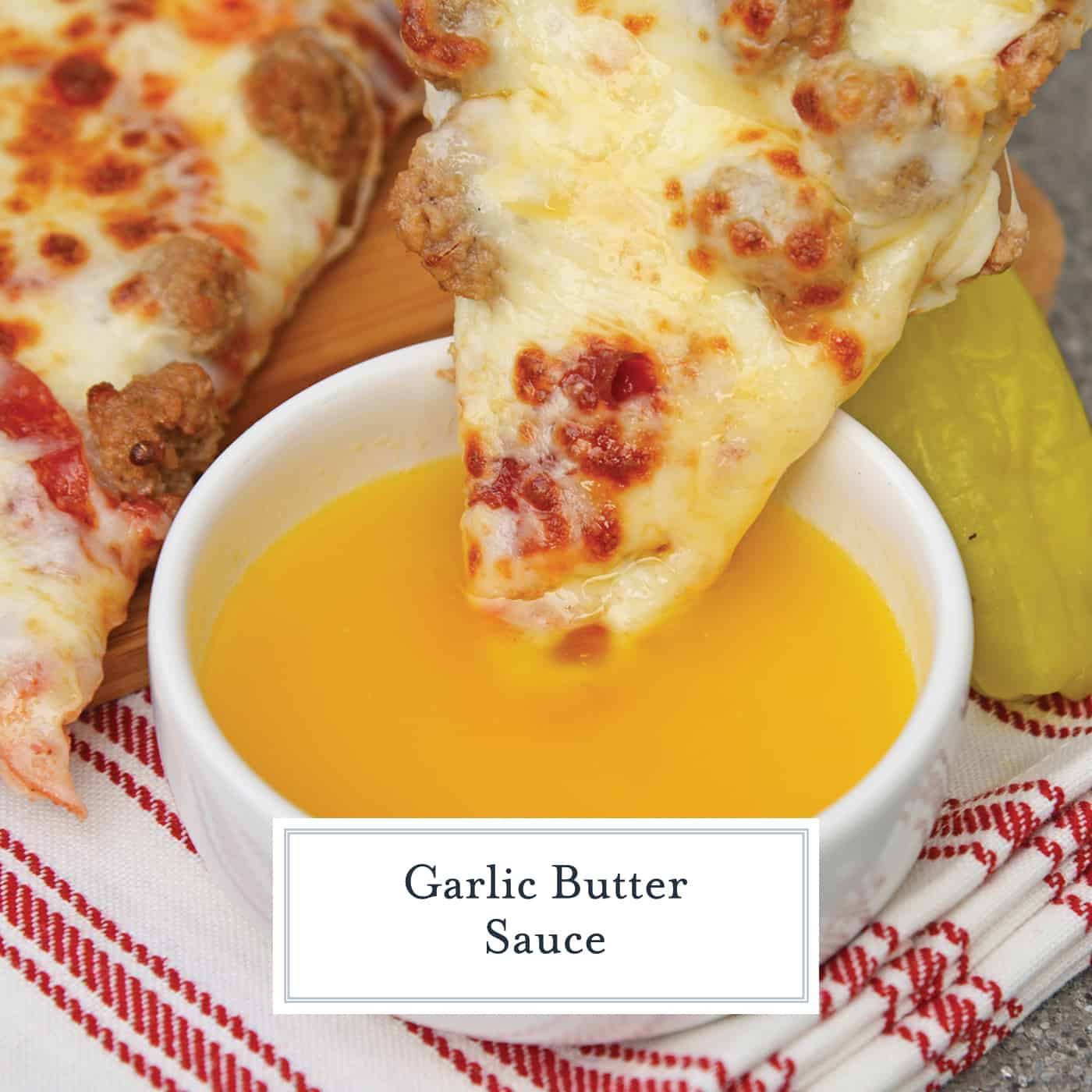 If you've ever wondered how to make garlic butter sauce, wonder no more. This recipe is just like the Papa John's dipping sauce for pizza or breadsticks! #garlicbuttersauce #howtomakegarlicbuttersauce #papajohnsdippingsauce www.savoryexperiments.com