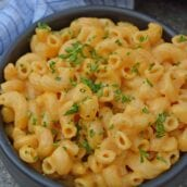 Mac and cheese in a black bowl - quick and easy meals