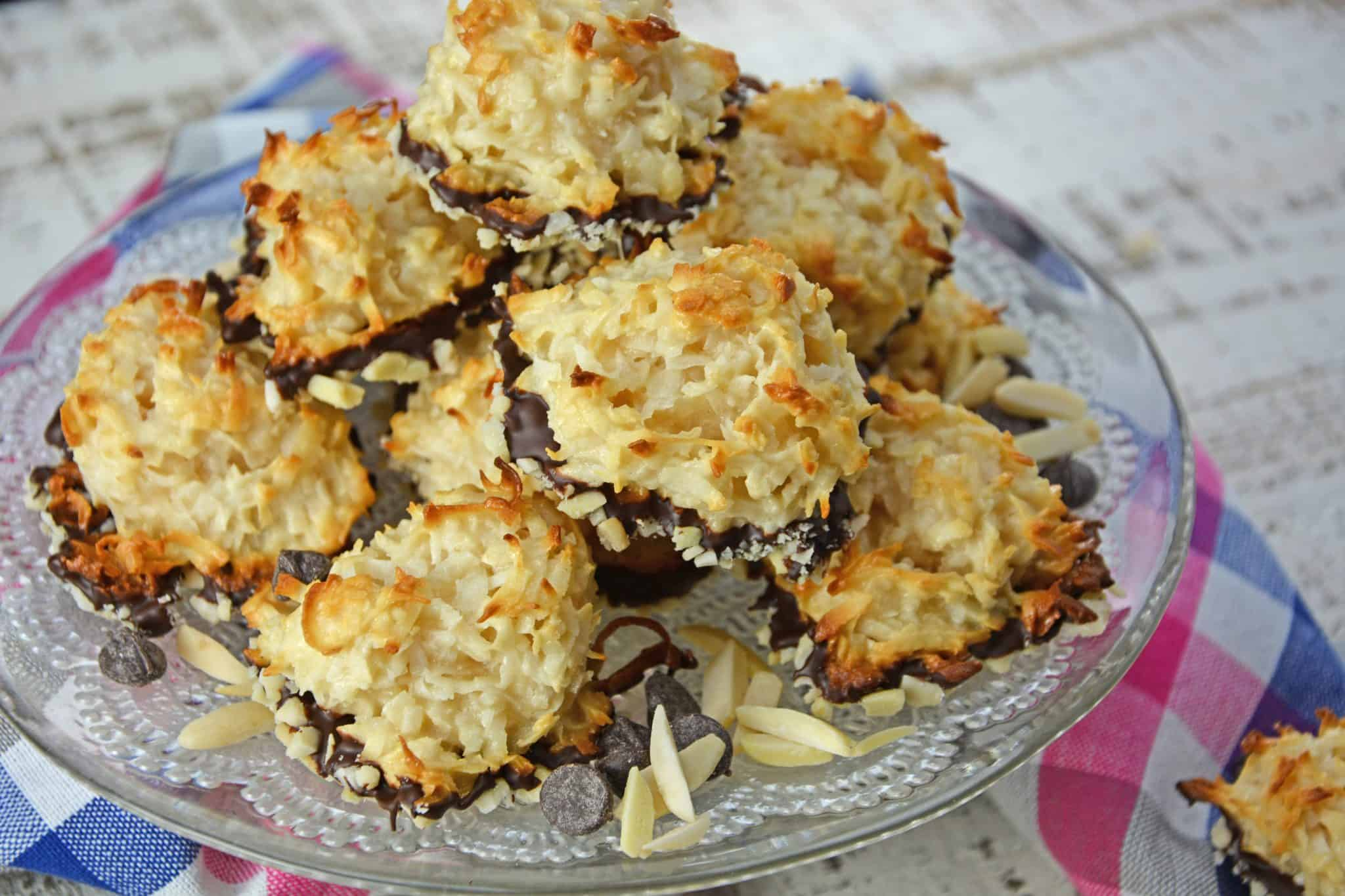 Almond Coconut Macaroons Light Fluffy Coconut Cookies