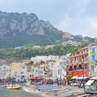 Looking for what to do in Capri? From the beach, to sightseeing, shopping and good, we have you covered! Start planning your Capri vacation now! #capriitaly #capriisland www.savoryexperiments.com