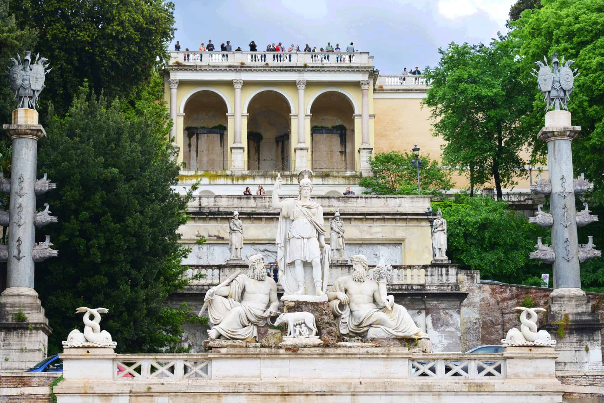 Piazza del Popolo: The Piazza del Popolo was the arrival point of arrival for travellers for many centuries, the first view of the Eternal City, so it makes sense that it was grand and elegant. You can admire the piazza from the ground or from the terrace of the Pincio.