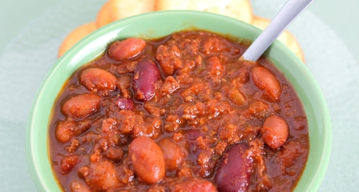 Copycat Wendy's chili in a blue bowl