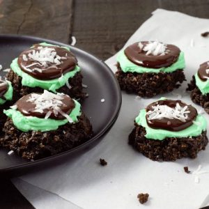 Mint chocolate no bake cookies on a black plate
