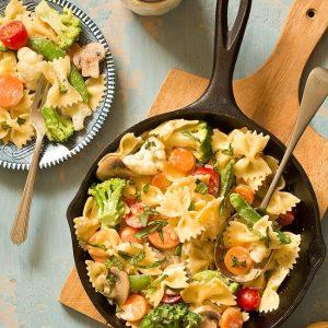 Pasta primavera in a skillet - skillet meals