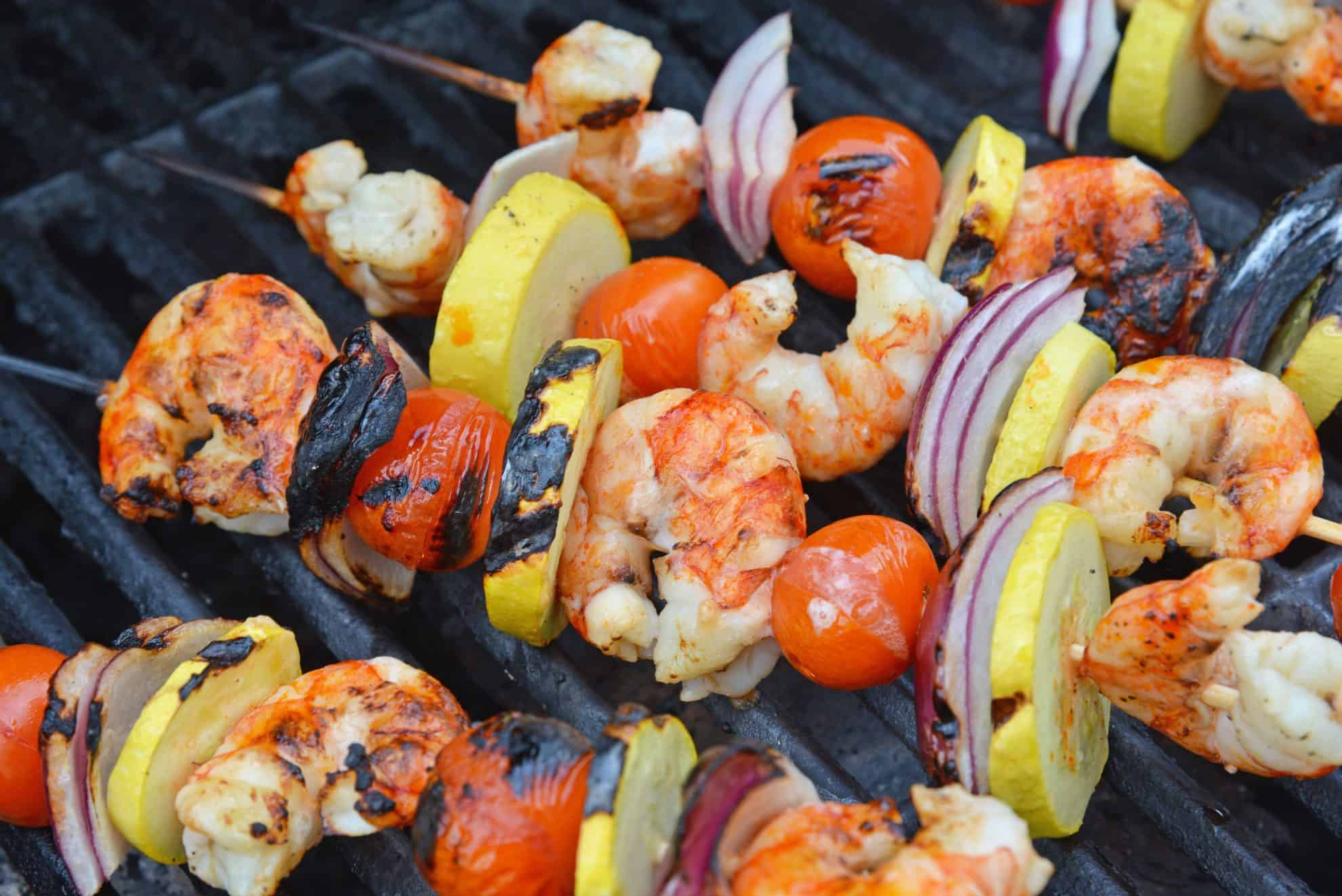 Garlic shrimp kabobs on the grill