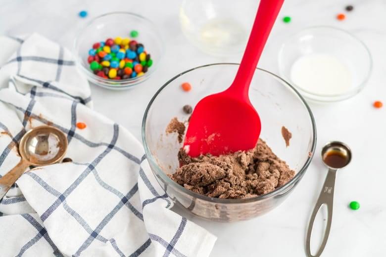 Mixing eggless cookie dough recipe