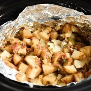 cheesy potatoes in foil