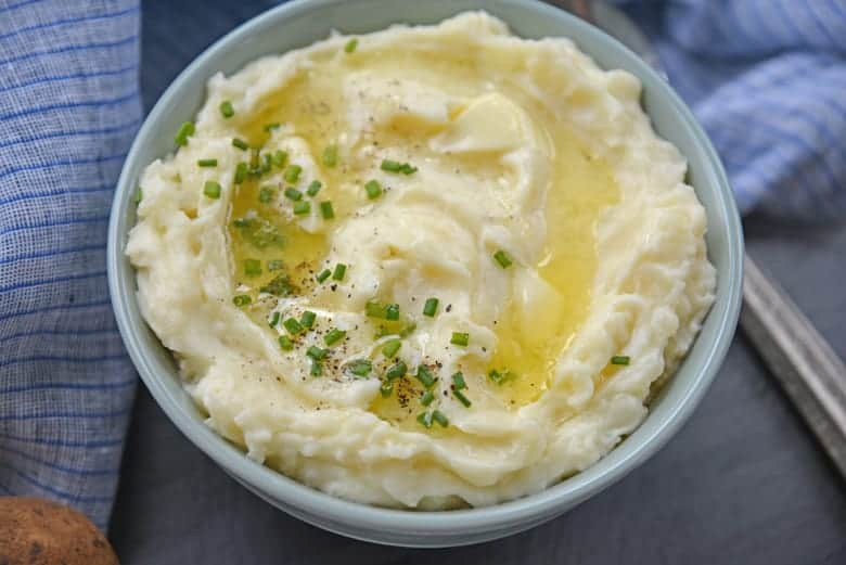 Easy mashed potato recipe with chives and butter