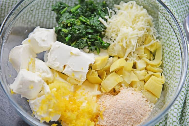 Ingredients for best artichoke dip