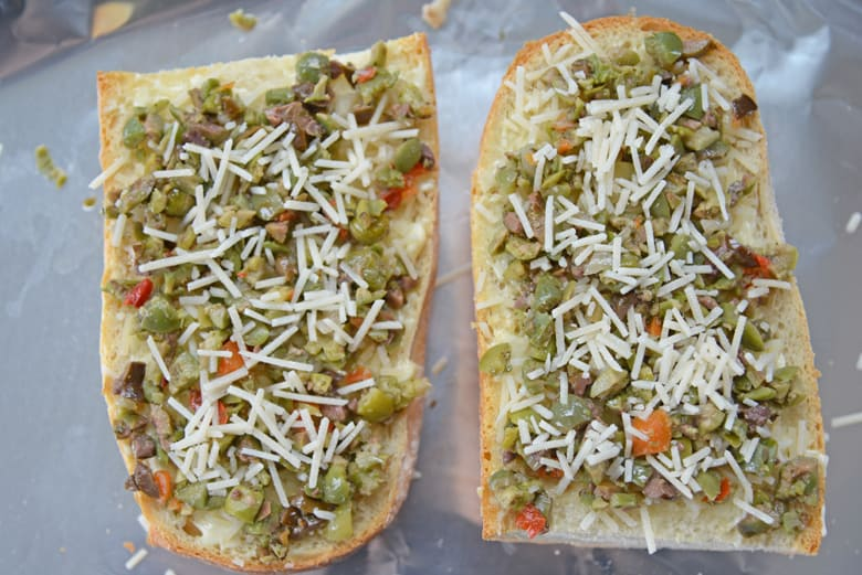 Garlic bread with olive tapenade