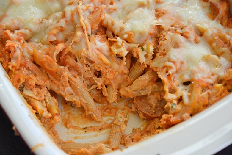 Baked mostaccioli with cheese
