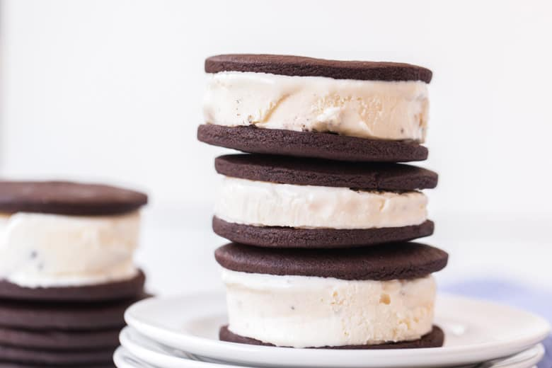 stack of vanilla and chocolate cookie sandwiches
