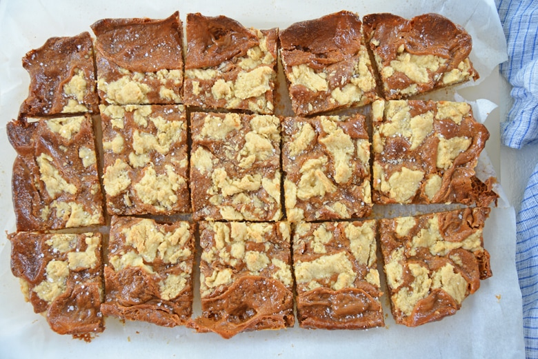 cut dulce de leche bars