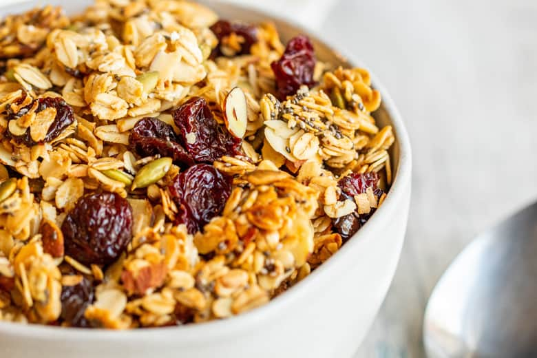 baked granola with almond, coconut and pepitas