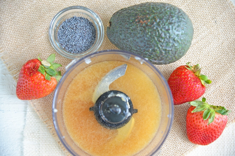 making an emulsification in a food processor
