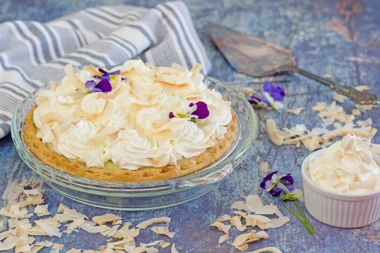 pretty coconut cream pie