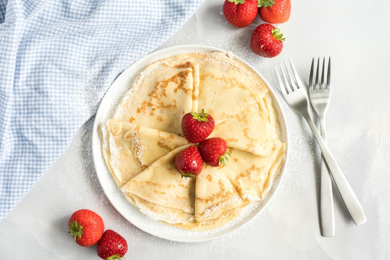 plate of plain folded crepes