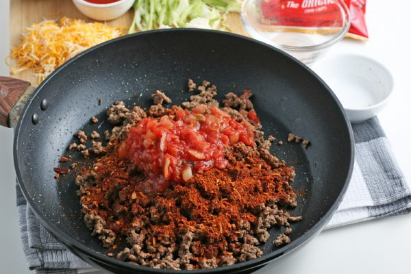ground beef with salsa and seasonings