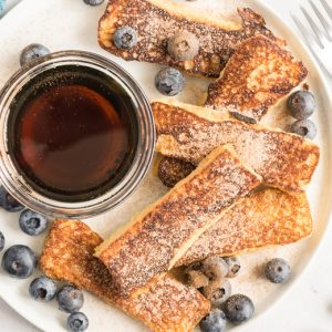 plated French toast sticks