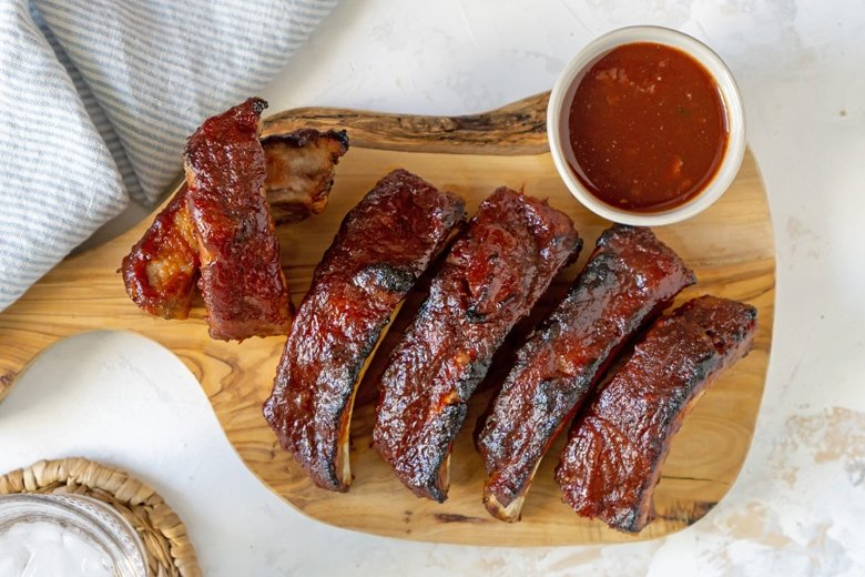 slow cooker ribs with sauce