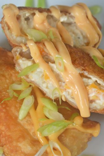 crab cake egg rolls with sauce