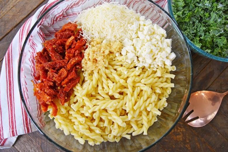 kale pasta salad ingredients