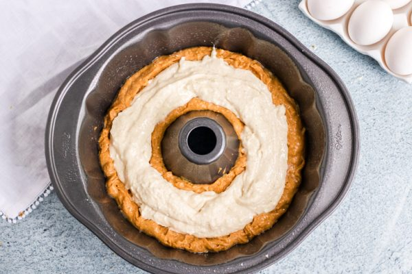 how to make pumpkin cream cheese pound cake