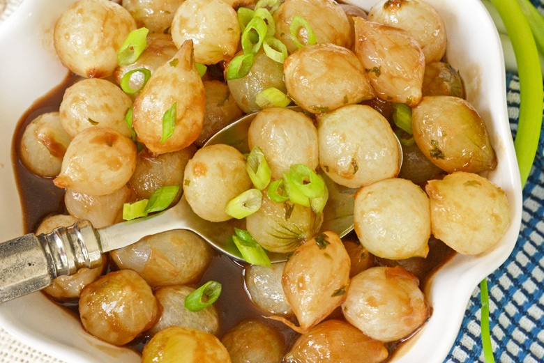 close up of glazed onion recipe