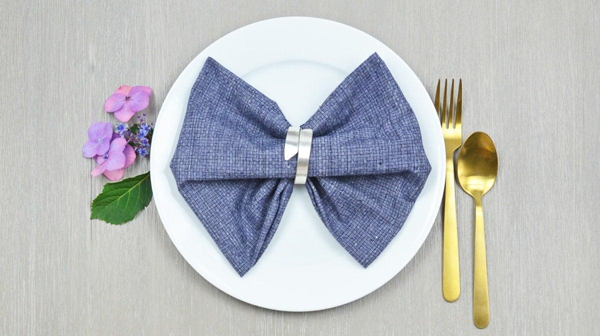 Bow Tie Napkin Fold Step By Step Photos Instructions