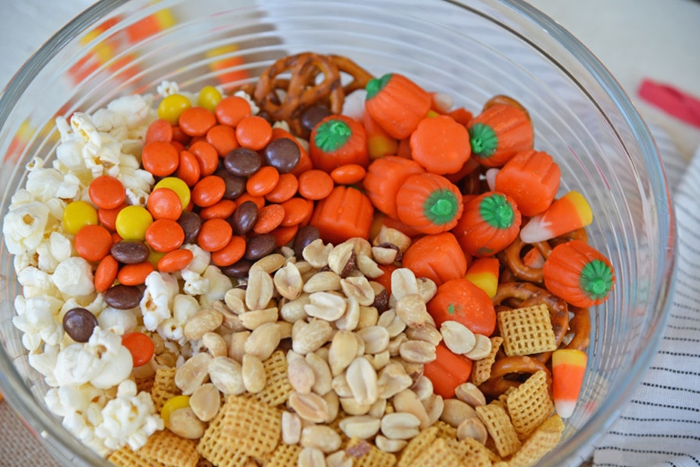 what to put in a no bake snack mix