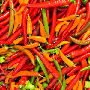pile of colorful hot peppers